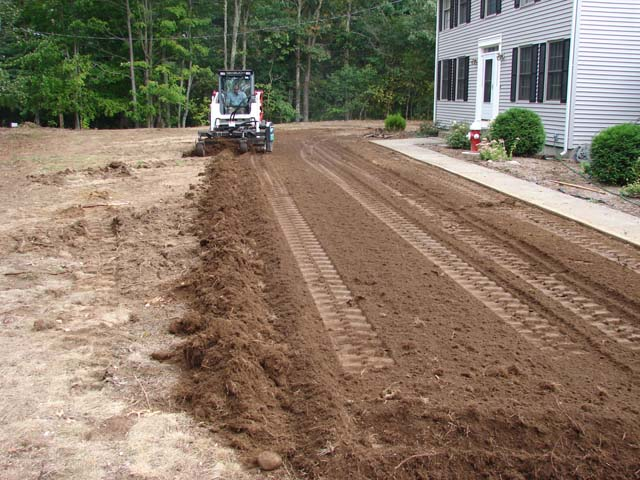 Harley Power Raking | Hydroseeding - RI